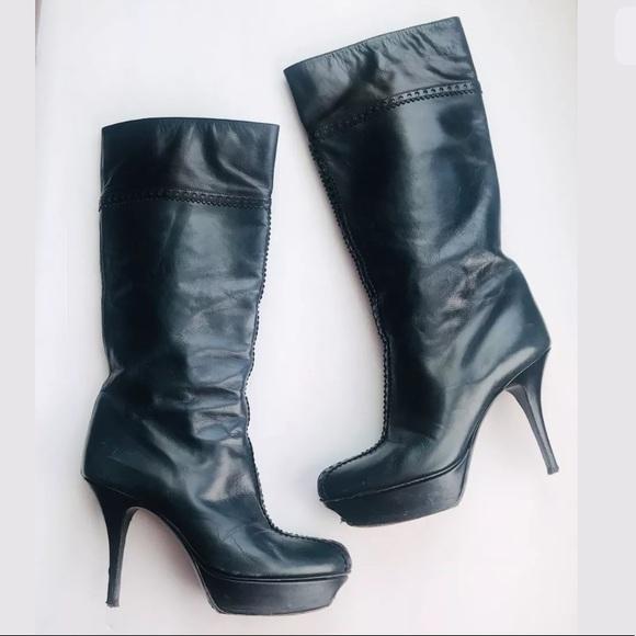69e2591936a8 YVES SAINT LAURENT Boots heels leather Well Worn. M 5bc7dac345c8b3cd2b6577cb